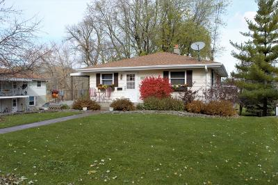 Pewaukee Single Family Home For Sale: 357 E Wisconsin Ave