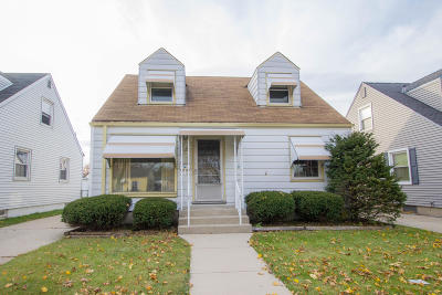 Milwaukee Single Family Home For Sale: 3425 S 2nd St