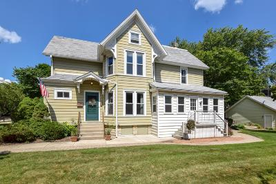 Wauwatosa Single Family Home For Sale: 1504 Church St