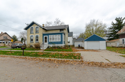 Watertown Single Family Home For Sale: 512 Elm St
