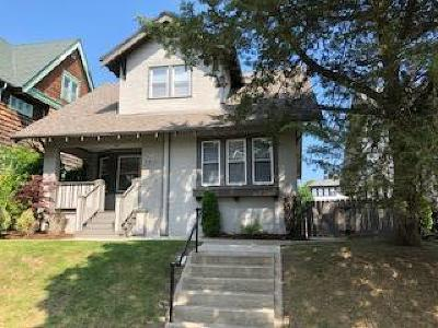 Milwaukee Single Family Home Active Contingent With Offer: 3050 N Cramer St