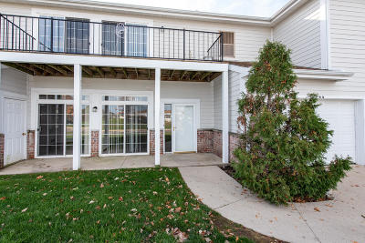Pleasant Prairie WI Condo/Townhouse For Sale: $144,900