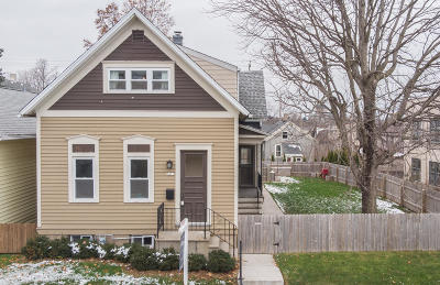 Milwaukee Single Family Home Active Contingent With Offer: 2413 S Austin St
