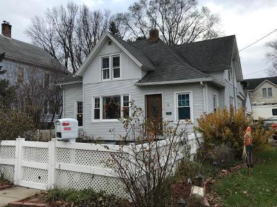 Vernon County Single Family Home Active Contingent With Offer: 303 E Decker St