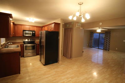 Milwaukee County Condo/Townhouse Active Contingent With Offer: 9170 N 70th St