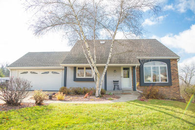Single Family Home Active Contingent With Offer: W247s7385 Scotland Dr