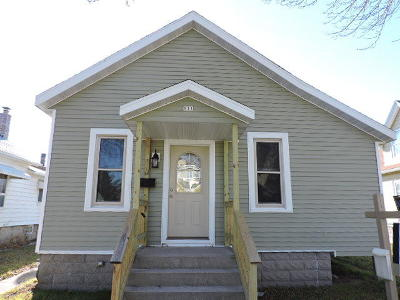 Sheboygan Single Family Home For Sale: 911 Alabama Ave
