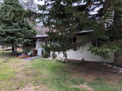 Single Family Home For Sale: N11947 Oakwood Lane