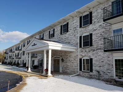 West Bend Condo/Townhouse For Sale: 151 N University Dr #107