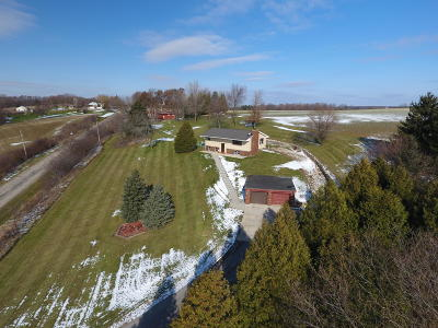 West Bend Single Family Home For Sale: 6560 Alpine Dr
