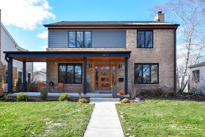 Milwaukee County Single Family Home Active Contingent With Offer: 5423 N Santa Monica Blvd