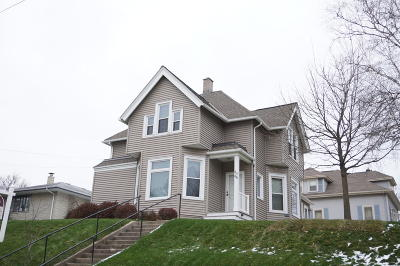 Ozaukee County Two Family Home For Sale: 414 N Harrison St #416