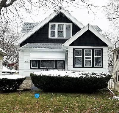 Milwaukee Single Family Home For Sale: 4573 N 27th St