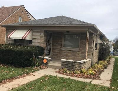 Milwaukee Single Family Home For Sale: 4152 N 63rd St