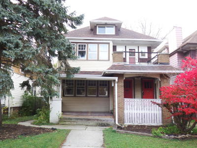 Milwaukee Two Family Home For Sale: 2183 N Hi Mount Blvd