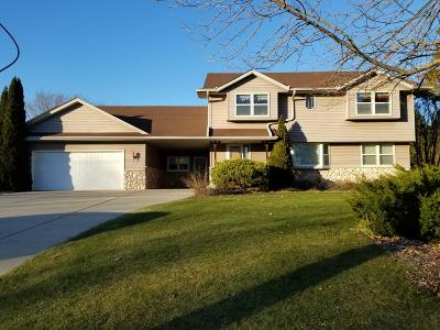 Oak Creek Single Family Home Active Contingent With Offer: 3702 E Oakwood Rd