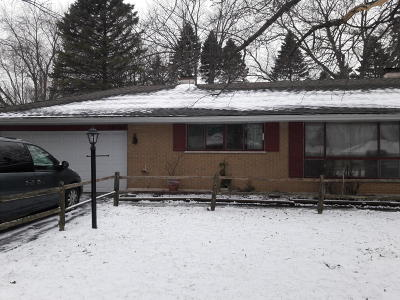 Pleasant Prairie WI Single Family Home For Sale: $207,000