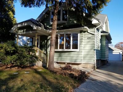 Shorewood Single Family Home For Sale: 4234 N Morris Blvd