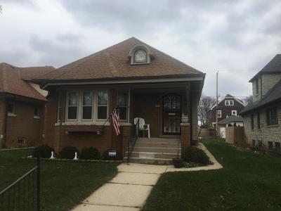 Milwaukee Single Family Home For Sale: 3424 N 45th St
