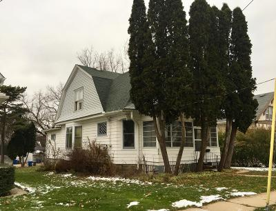 Watertown Single Family Home For Sale: 806 Harvey Ave