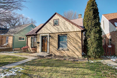 Milwaukee Single Family Home For Sale: 3447 N 80th St