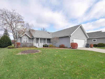 Racine Single Family Home Active Contingent With Offer: 6618 Chesapeake Rd
