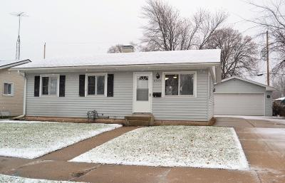 Single Family Home For Sale: 8549 20th Ave