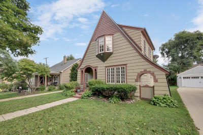 Single Family Home For Sale: 519 72nd St
