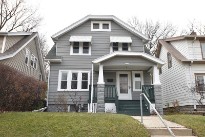 Wauwatosa Single Family Home Active Contingent With Offer: 5826 W Wells St