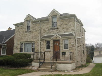 Milwaukee WI Single Family Home For Sale: $89,900