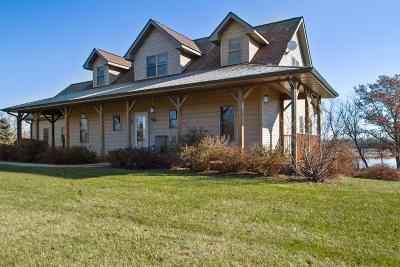 Lake Geneva Single Family Home Active Contingent With Offer: 6423 Townline Rd