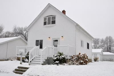 Racine Single Family Home For Sale: 3354 Fourth Ave