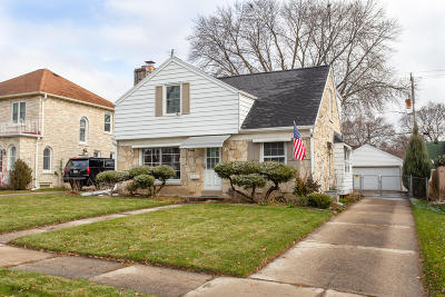 Wauwatosa Single Family Home Active Contingent With Offer: 2336 N 81st St
