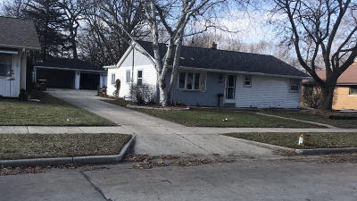 West Allis Single Family Home Active Contingent With Offer: 2957 S 103rd St