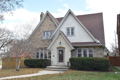 Milwaukee Single Family Home Active Contingent With Offer: 442 N 49th St