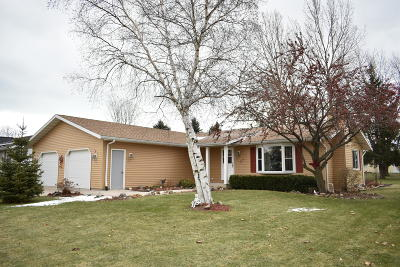 Single Family Home Sold: 311 Birch Tree Ave