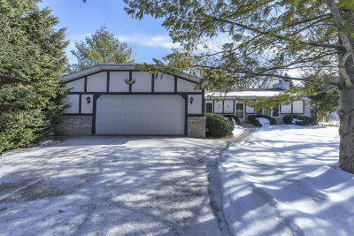 Muskego Single Family Home Active Contingent With Offer: W142s6862 Gaulke Dr