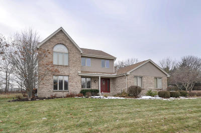 Racine County Single Family Home Active Contingent With Offer: 5105 Nature Trl