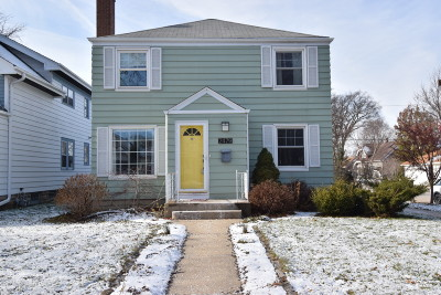 Wauwatosa Single Family Home Active Contingent With Offer: 2479 N 66th St