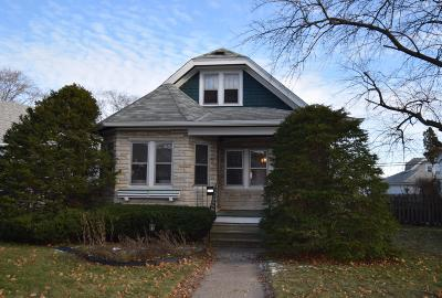 West Allis Single Family Home Active Contingent With Offer: 2110 S 65th St