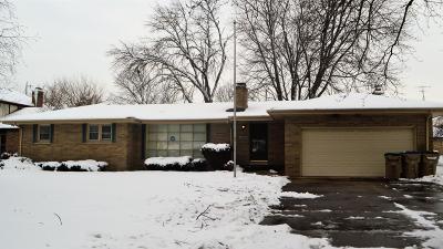 Kenosha County Single Family Home For Sale: 7930 Cooper Rd