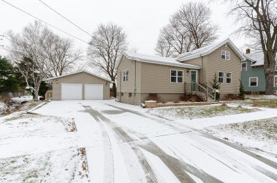 Watertown Single Family Home For Sale: 1214 S Ninth St