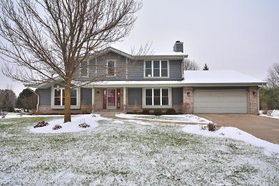 Single Family Home Active Contingent With Offer: W158n10278 Mohawk Dr