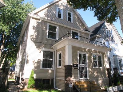 Milwaukee Single Family Home For Sale: 1967 N Bartlett Ave