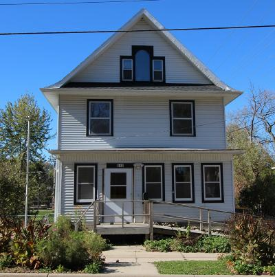 Waterloo Single Family Home Active Contingent With Offer: 183 S Washington St