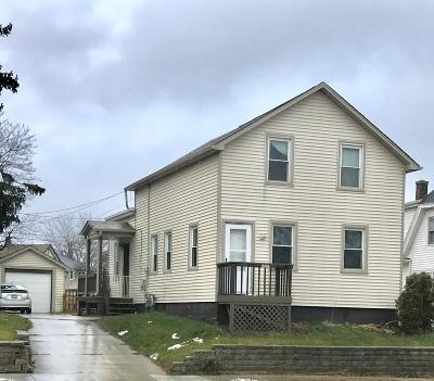 Sheboygan Single Family Home Active Contingent With Offer: 2334 Calumet Dr