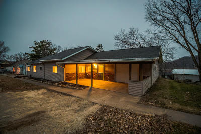 Vernon County Single Family Home For Sale: 611 N State St