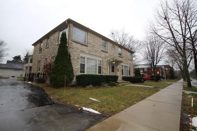 Milwaukee County Multi Family Home For Sale: 401 E Henry Clay St