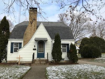 Jefferson Single Family Home For Sale: 423 E Milwaukee St