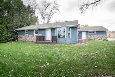 Waukesha County Single Family Home For Sale: N72w15982 Good Hope Rd